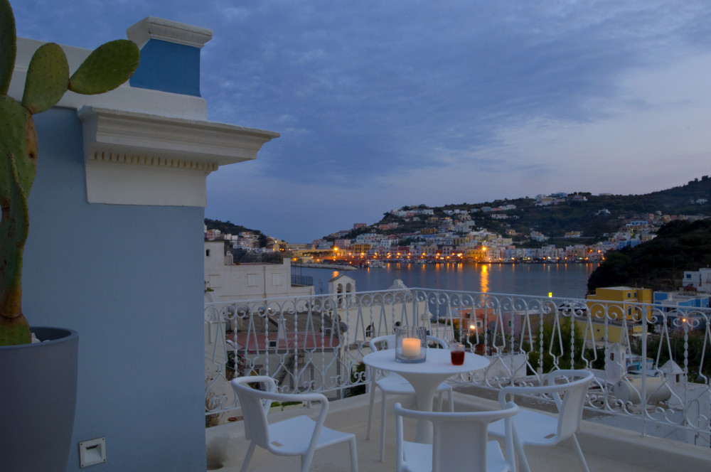 Panoramic terrace with view over harbour.